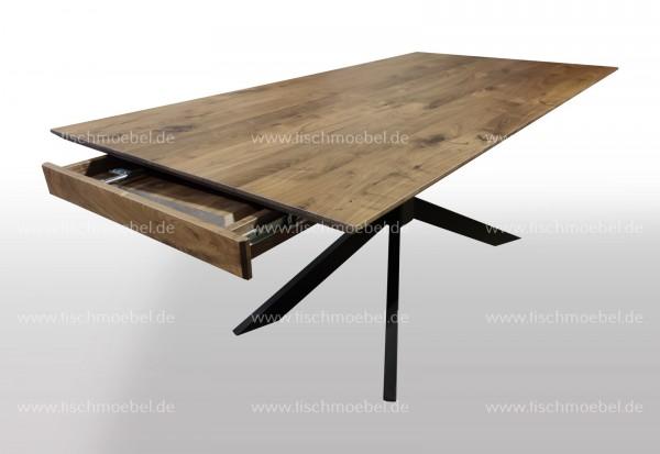 Ausziehtisch Nussbaum massiv auf Spider Tischuntergestell 200x100