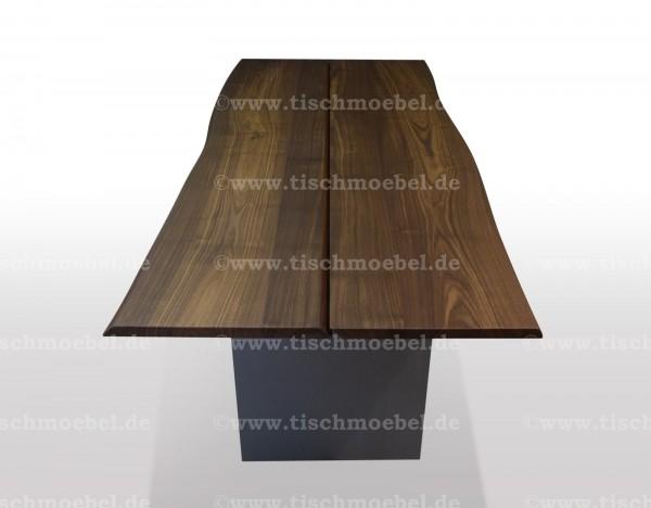 Esstisch mit Baumkante Nussbaum 220 x 100cm