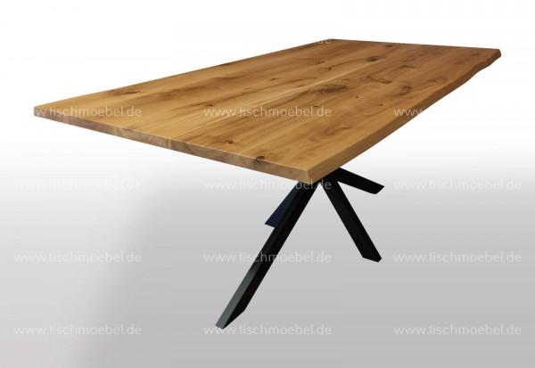 Baumkantentisch ausziehbar auf Spider Tischgestell nicht ausgezogen 210x100cm