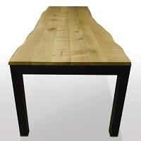 Cube-Profil-Schwarzstahl-unter-der-Tischplatte-abschliessend-Profil-8x8cm