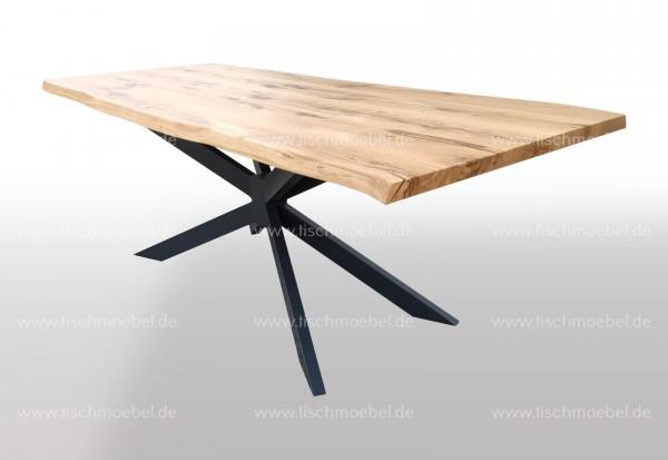 Baumkantentisch auf Spider Tischgestell