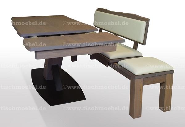 Baumkantentisch-Wildeiche-ausziehbar-mit-sitzbank-auf-schwarzstahl-x-untergestell