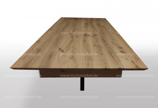 Esstisch Eiche massiv ausziehbar auf Spider Tischgestell Schwarzstahl 150x110cm