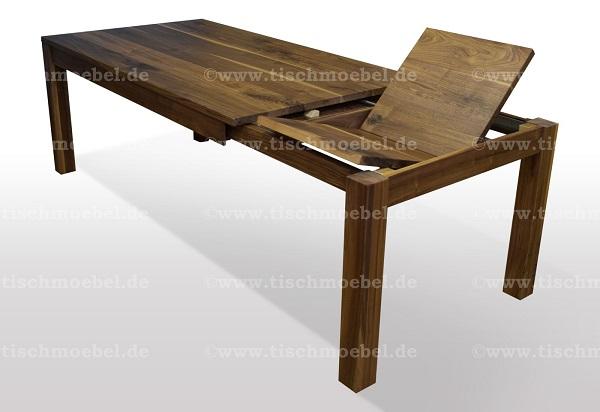 holztisch-nussbaum-ausziehbar-beine-unter-der-tischplatte-ausziehbar