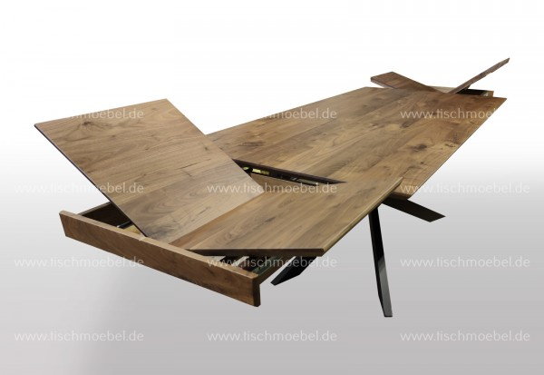 Küchentisch Nussbaum ausziehbar auf Spider Tischgestell 170x110