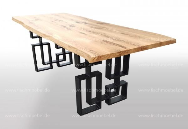 Baumtisch auf Labyrinth Tischgestell